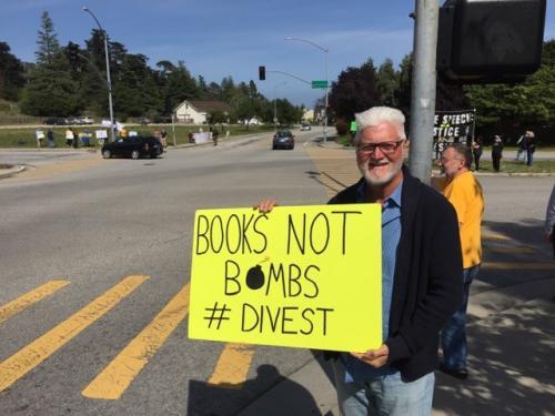 Street protest on the U of C Santa Cruz campus